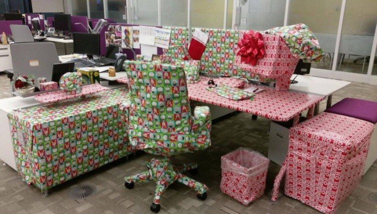 Funny picture  about gift and office